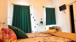 hostal-cling43-habitacio-estiu-4